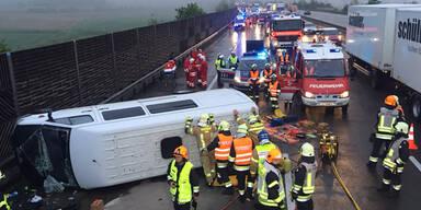 Horror-Crash auf A1 fordert ein Todesopfer