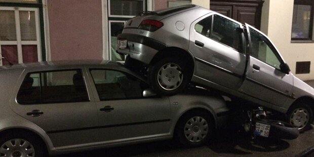 Amok-Parker beschädigt vier Autos