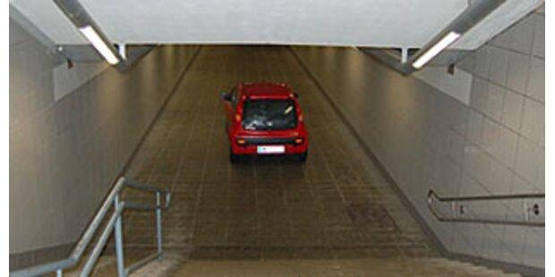 Lenkerin fuhr in Amstetten in Fußgängerunterführung