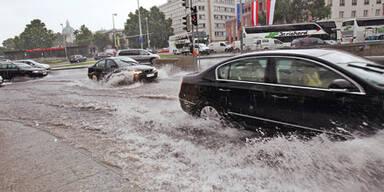 Unwetter setzt Wien unter Wasser