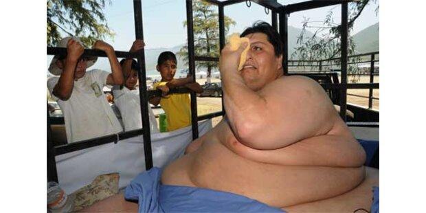 310 kg-Mann macht Ausflug per Gabelstapler