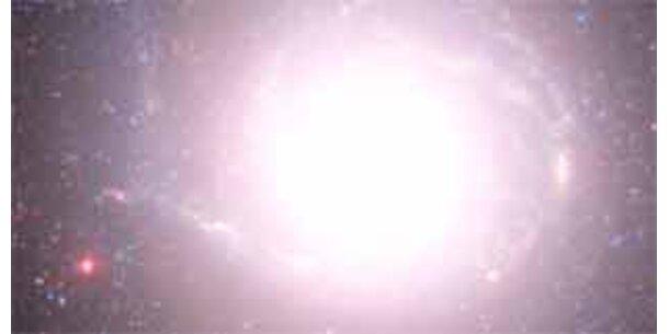 Astronomen simulierten Geburt der ersten Sterne
