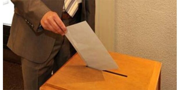 SPÖ + ÖVP überlegen Mehrheitswahlrecht