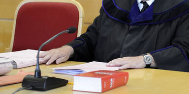 Bei Selbstmord geholfen: Bedingte Haft für 75-Jährige
