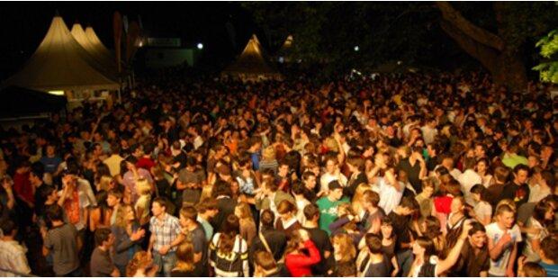 20.000 feiern am Rosenhain
