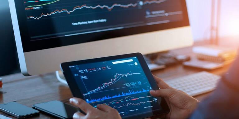Finanzmärkte verunsichert, Gold über 1.600 Dollar