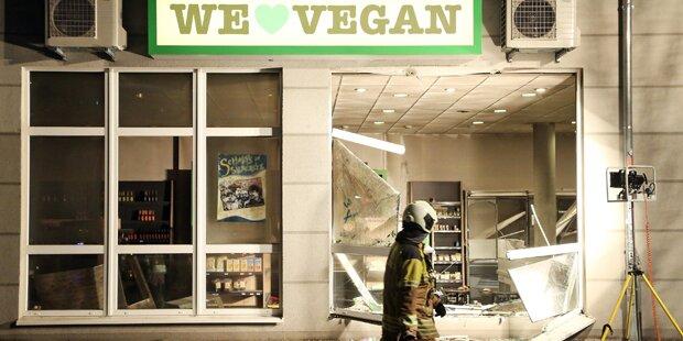 Mehrere Explosionen in Vegan-Supermarkt