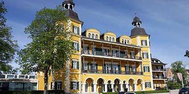 Schlosshotel Velden