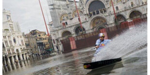 Venedig macht mit Hochwasser gute Geschäfte