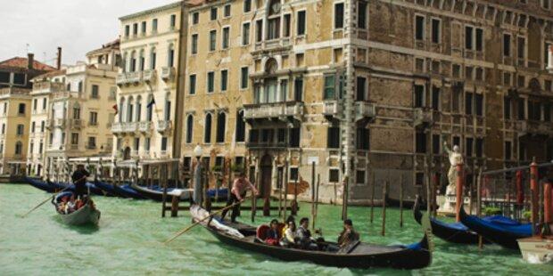 Küsse statt Knaller zu Silvester in Venedig