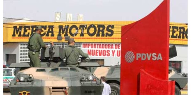 Venezuelas Armee besetzt Öl-Anlagen