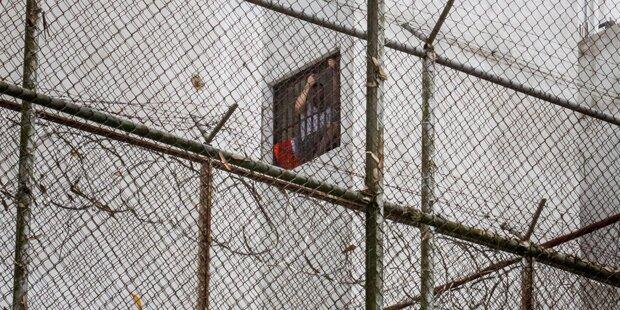 17 Tote nach Hungerstreik