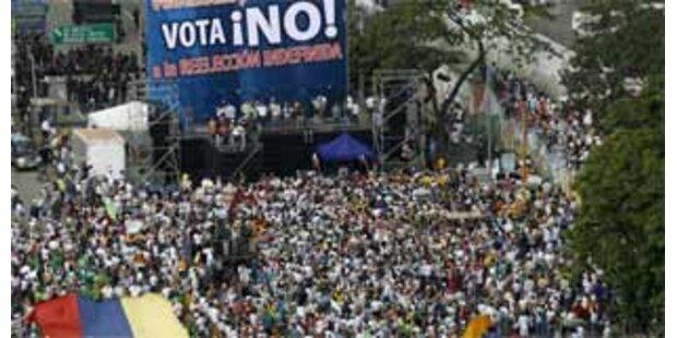 600.000 demonstrieren in Venezuela gegen Chavez
