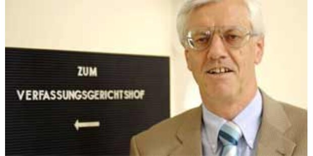 Holzinger kritisiert Arbeitsanfall für den VfGH