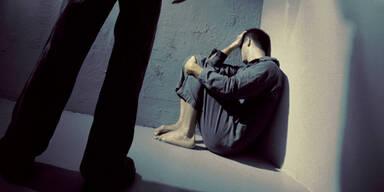 Pfleger vergewaltigt hilflosen Patienten