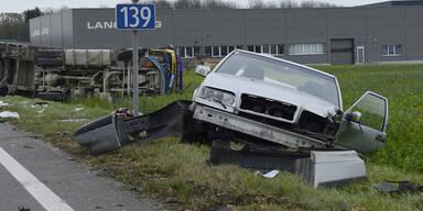 So handeln Sie nach einem Autounfall richtig