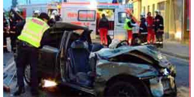 16-Jähriger bei Verkehrsunfall getötet