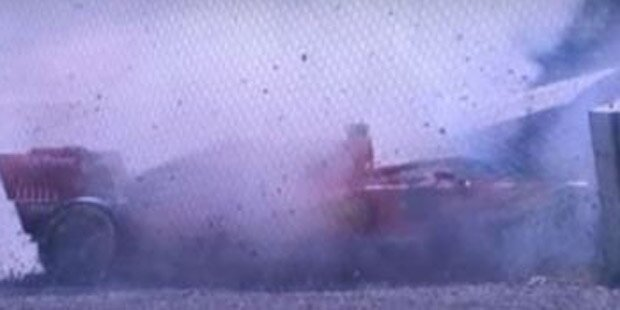 Schrecksekunde: Vettel-Unfall in Barcelona