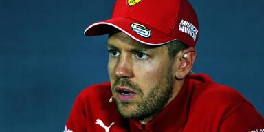 Vettel mit Regenschirm-Trick auf Platz zwei
