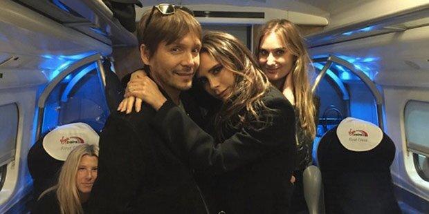 Echt jetzt? Victoria Beckham fährt Zug