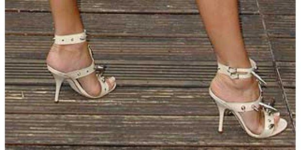 Das irre Schuhwerk der Vic Beckham