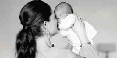 Neue Fotos vom Schweden-Baby