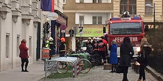 Mistkübel angezündet: Feuer in Wiener Schule