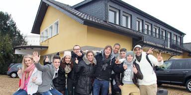 Polizei-Einsatz: Fans stürmen DSDS-Villa