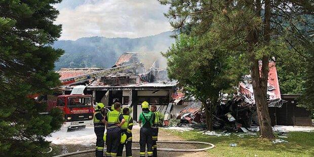 Promi-Ärzte-Villa in Flammen