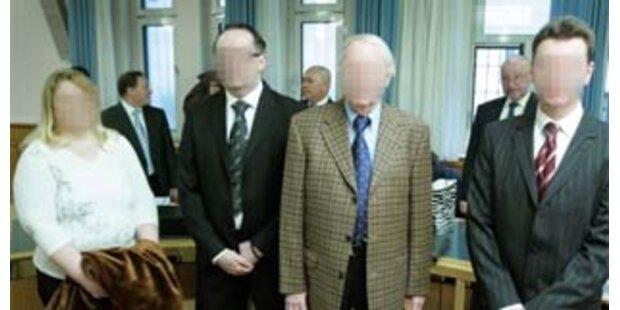 Ex-Vize-Konsul legt Geständnis ab