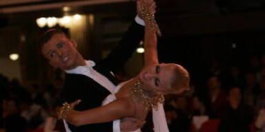 Haiders Tanzpartner Vadim Garbuzov walzt