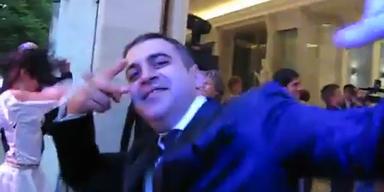 Präsident Medwedew schwingt das Tanzbein