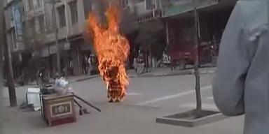 Tibet: Nonne verbrennt sich selbst