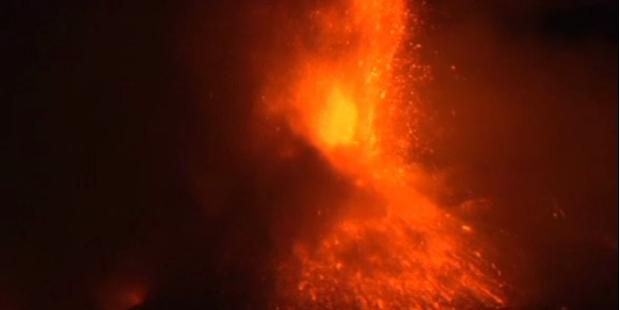 Vulkan Ätna sorgt für Aschewolke