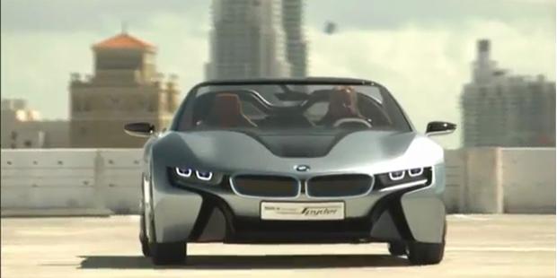 BMW i8 Concept Spyder-Driving