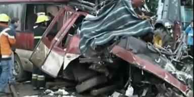 Elf Tote bei schwerem Busunfall in Chile