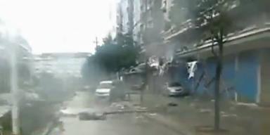 """China: Taifun """"Haikui"""" sorgt für Chaos"""