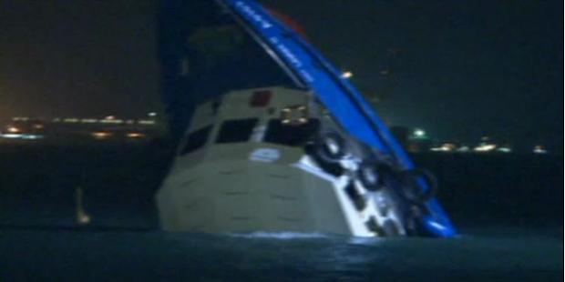 36 Tote: Schiff sinkt nach Crash mit Fähre