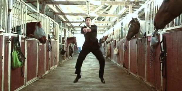 Internet-Hit: Romney tanzt