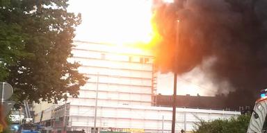 Graz: Gasexplosion löst Brand in Möbelhaus aus