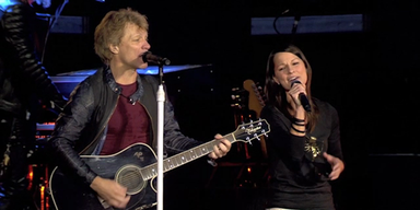 Bon Jovi rockt mit Christina Stürmer