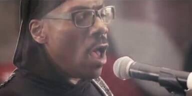 "Eddie Murphy ft. Snoop Lion: ""Red Light"""