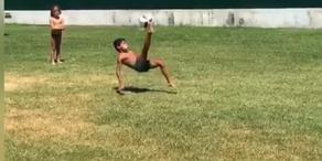 Ronaldo Junior zeigt Papa, wie es geht!
