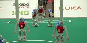 Roboter werden bald zu Fußball-stars