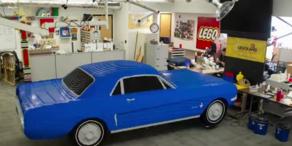Ford Mustang aus Lego-Steinen
