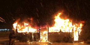 Jenbach: Bus brennt völlig aus