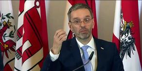 Ministerrat stellt Überwachungs-Paket vor