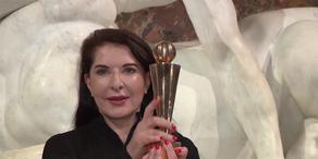 Globart Award für Küstlerin Marina Abramovic