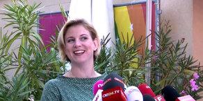 NEOS-Chefin Meinl-Reisinger erwartet drittes Kind