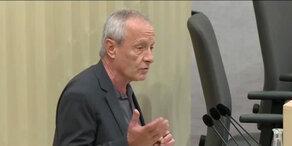 NEOS-Anfrage zu Grenzkontrollen: Peter Pilz